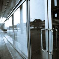 servis-pintu-kaca